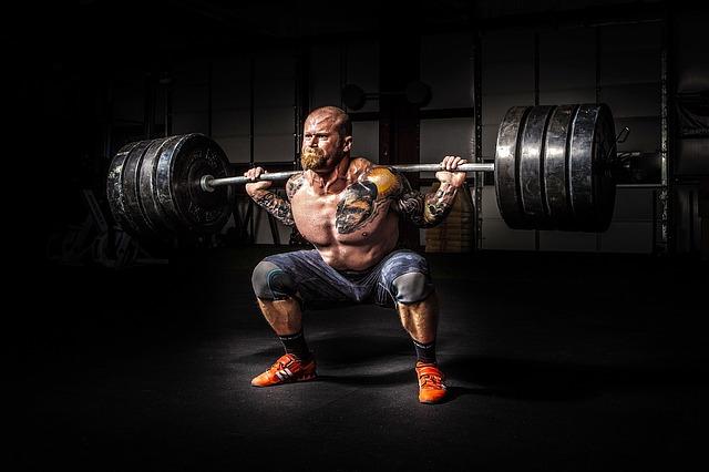 powerlifter squat