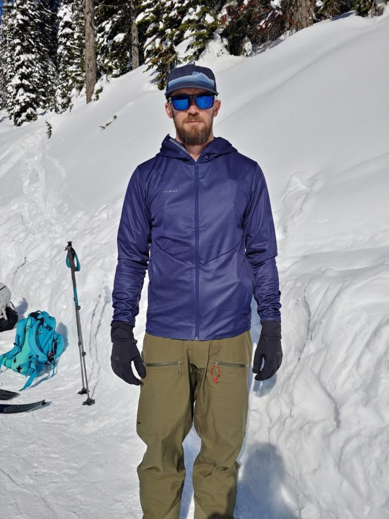 mammut ultimate v tour so softshell front view