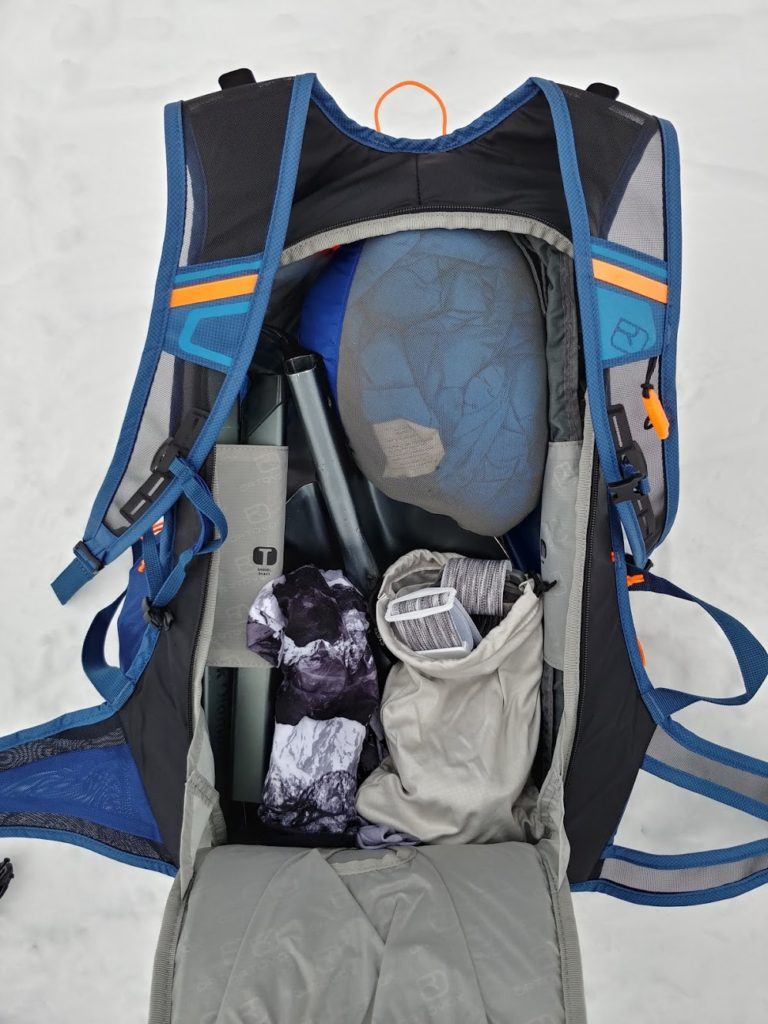 ortovox trace 25 ski touring main compartment with goggles and buff
